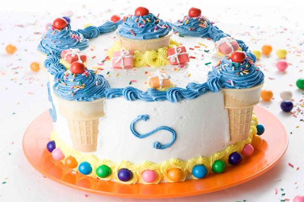 Декорации и украси за торта